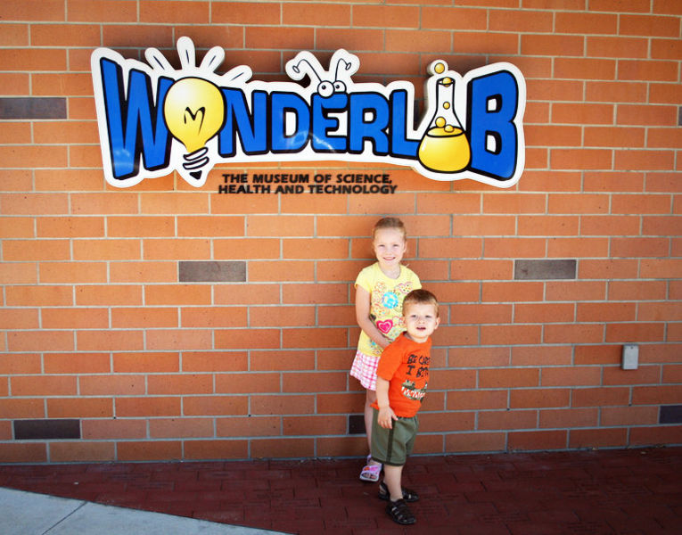 File:Wonderlab.jpg